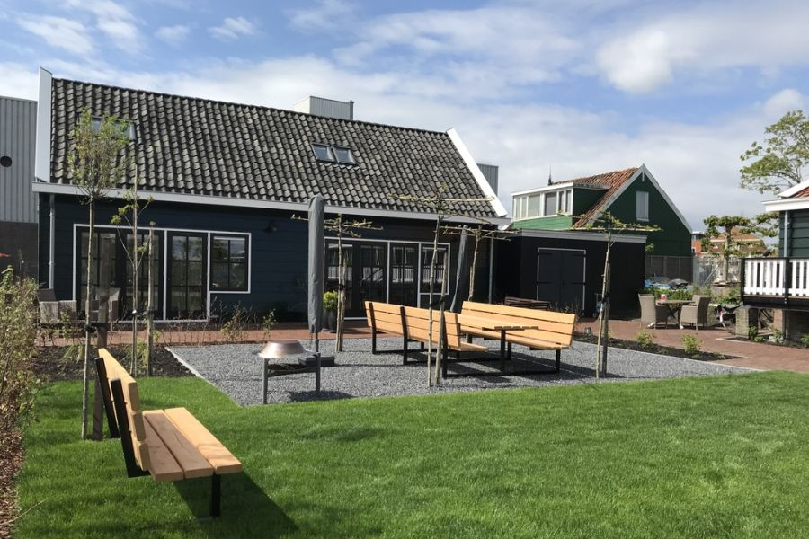 De tuin van Bed & Breakfast Saenliefde in Wormer